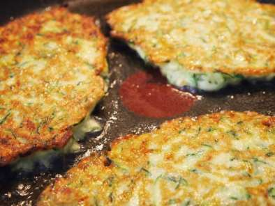 Rezept Courgette fritters - zucchini puffer