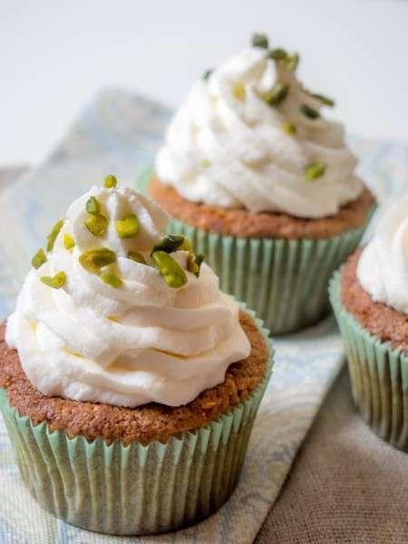 Pistazien-Cupcakes mit Mascarpone-Frosting